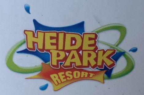 Farbiges Logo des Heide-Parks, ohne Bindestriche geschrieben